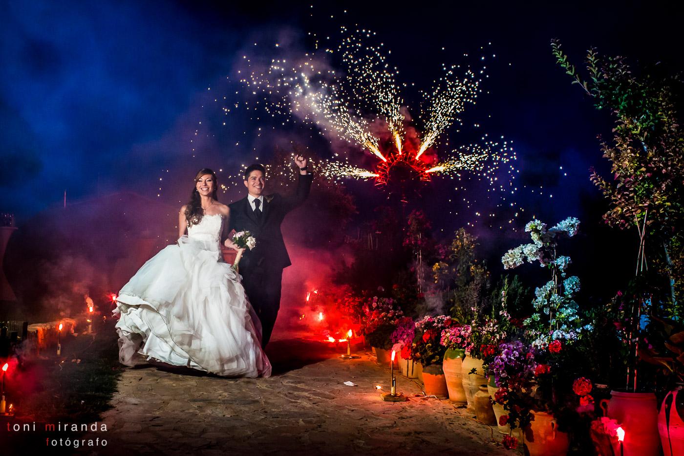 fuegos artificiales en boda de finca el caserío