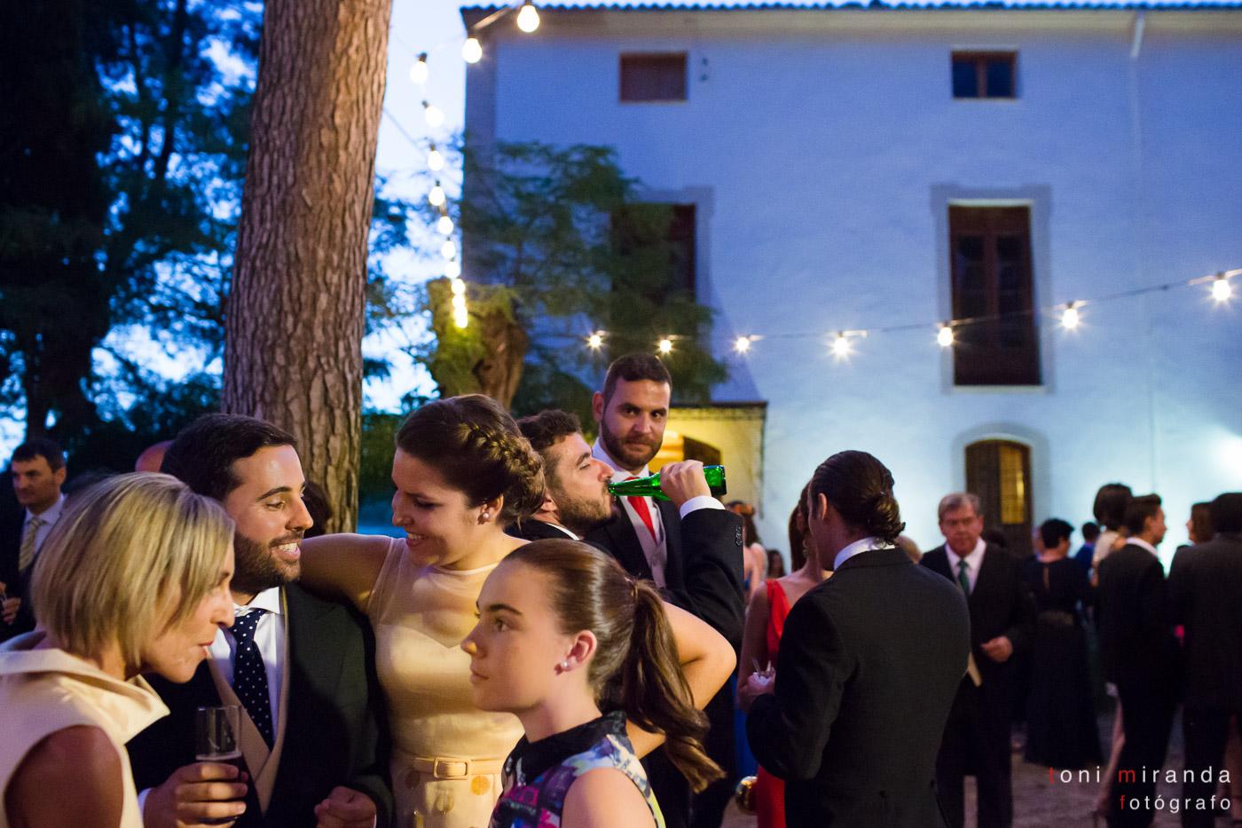 fiesta campestre con novios en alquería nova
